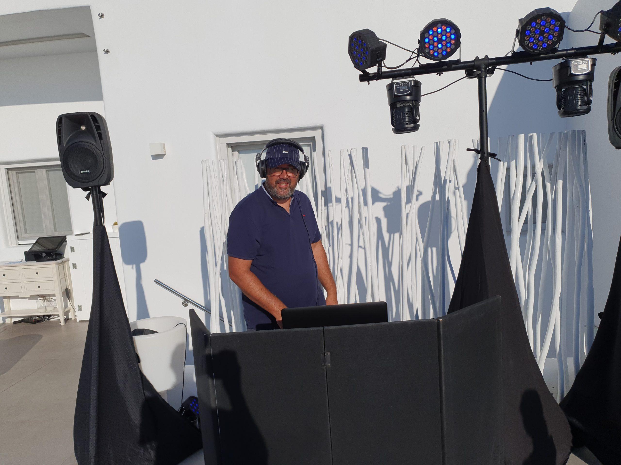 DJ Antonios